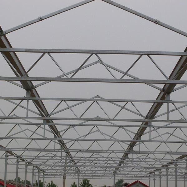 阳光板温室建设