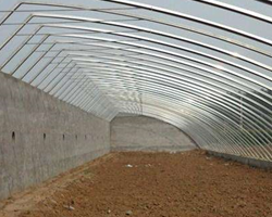 玻璃温室大棚的特点有什么呢?